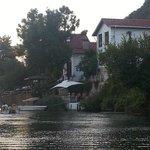 beyaz ev, nehirden...