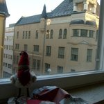 Вид из окна номера на Альбертинкату.