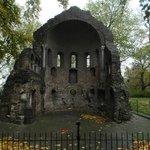 Ruine in autumn atmosphere