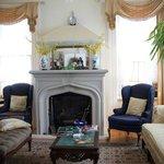 Living room/ Reading room