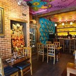 Wok N Roll Restaurant Photo