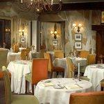 Photo of Auberge des Quatre-Temps Restaurant le Lake