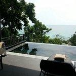 grand pool suite balcony