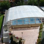 piscine grand bassin chauffée du coté spa