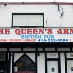 The Queen's Arms & Maharani Restaurant Foto