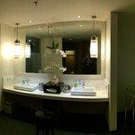 One-Bedroom Ocean Pool Suite