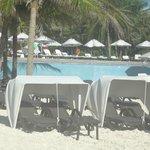 standard beach chair