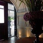 the decor in lobby