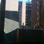 Zimmer 520, eine Kirche vor dem Fenster