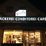 Backerei-Cafe Fleischli Side