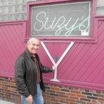 Suzy's Bar