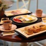 Photo de Karemel Bakery Cafe