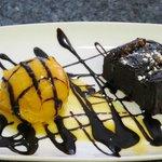 Coulant con helado de mango