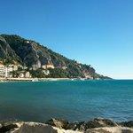 A proximité,vue côté italie