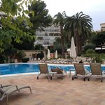 pool area - comfy sun-loungers and free towells