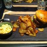 burger avec frites maison