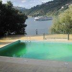 Piscina e Rio Douro