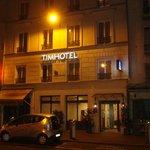 Tim hotel la nuit