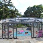 piscine couverte chauffée au chene vertoute l'année