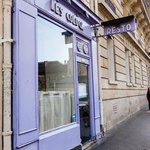 Photo of lavender front of Restaurant les Colock, Paris France