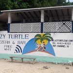 ‪Lazy Turtle Pizzeria & Bar‬