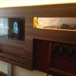 Room 305 - TV