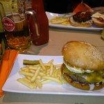 Burger Amigo's