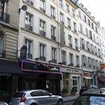 Hotel Le Vignon, street view