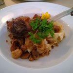 goose wings with chesnut, white cabbage and pasta