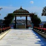 the gazebo at the Bosphorus
