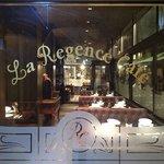 Le Square Cafe