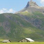Sicht ins angrenzende Berggebiet