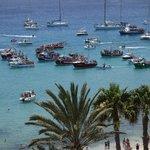 Aussicht auf die Schiffsprozession zur Heiligen Carmen