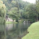 Vizille - Cascada en los jardines del ''Château de Vizille''