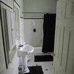 Eagle's Nest private bathroom