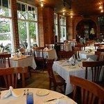 Sapori Italian Grille Dining Room