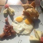 American Breakfast US$11.-