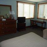 Depuy C upstairs bedroom