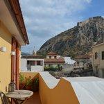 vue du balcon vers forteresse de Palamède