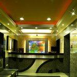 Navaratna Hotel