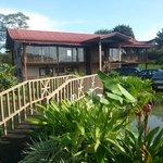 puentecito y jardines