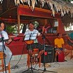 Livemusik an der Strandbar