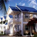 Villa Beach Cottages - Honeymoon Villa