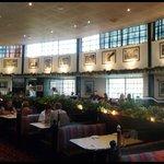 Damons - inside, dining area