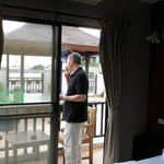balcon privado que da a una gran terraza