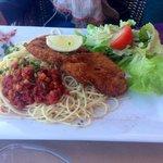 Escalope milanaise et spaghetti