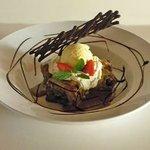 Brownie en Salsa de Manjar