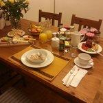 Breakfast for 1 served in breakfast room