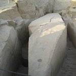 Der unvollendete Obelisk 2012