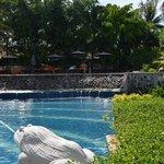 Beach pool fountain